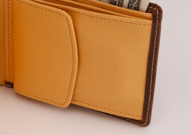JACQUES POIRIER (ジャックポワリエ) 高級牛革使用 二つ折財布